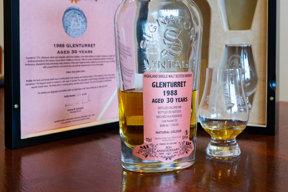 The Best of Both Worlds: Signatory bottling a Glenturret