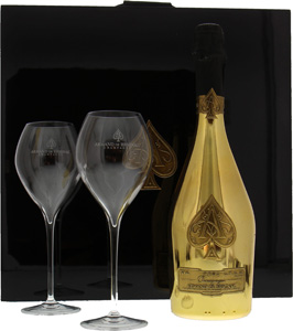 Gold Brut luxury coffret with 2 glassesArmand de Brignac -